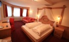 Junior-suite---hotel-pozza-di-fassa